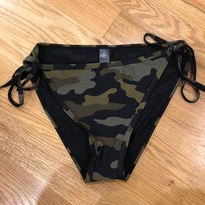Camo bikini tie bottoms
